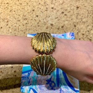 Lilly Pulitzer Jewelry - Lilly Pulitzer Gold Shell Cuff Bracelet